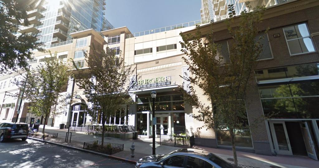 BurgerFi Midtown Closed