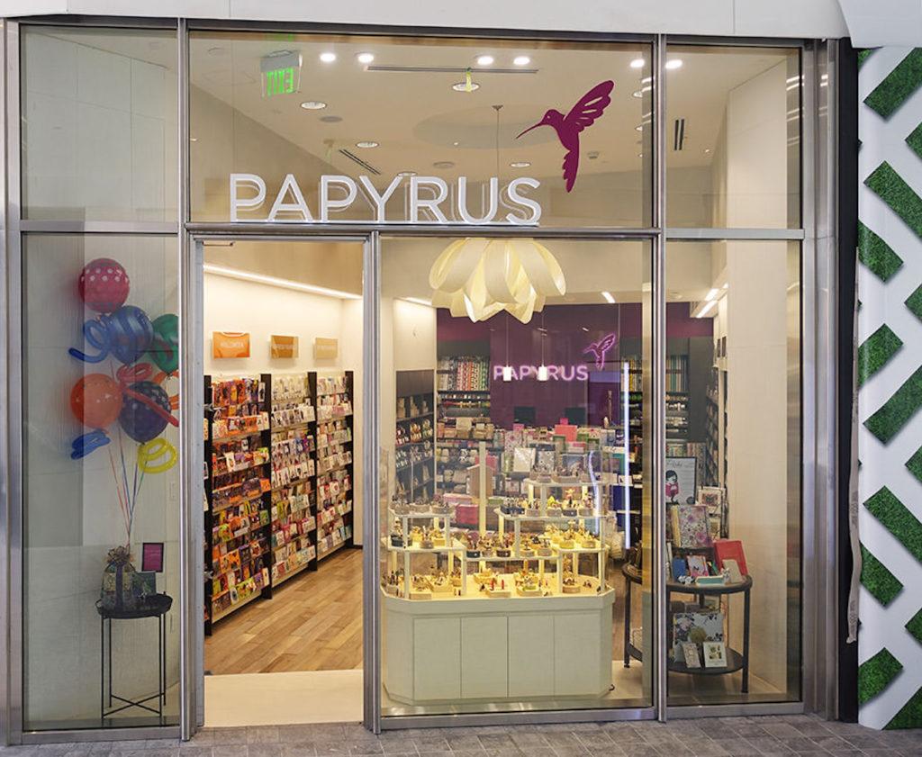 Papyrus Stores Closing - Westfeild Century City