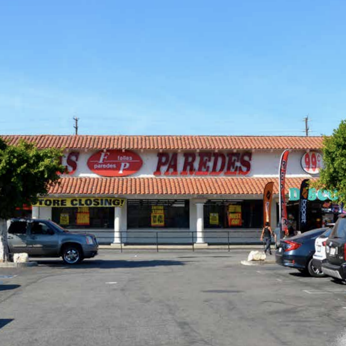 Grocery Outlet - Highland Park Fallas Paredes